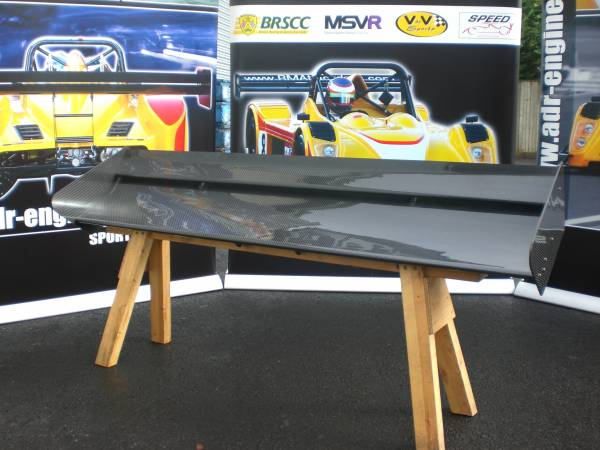 Dual twin element carbon fibre rear wing